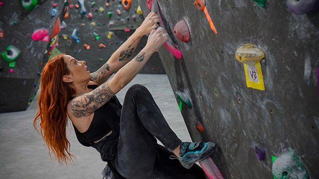 Girls Who Boulder
